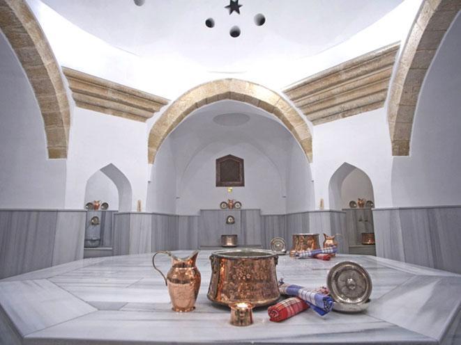 lhammam in turchia non e visto soltanto come un luogo dove si lava e si pulisce ma e concepito anche come un luogo di ritrovo piacevole dove si